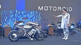 Giới trẻ hào hứng trải nghiệm Yamaha MOTOROID ở Hà Nội