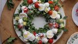 Video: Cách làm salad vòng hoa đơn giản đón Giáng sinh