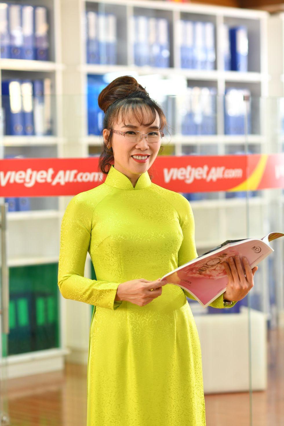 Cau chuyen khoi nghiep thang tram cua 6 ty phu Viet Nam duoc Forbes vinh danh-Hinh-4