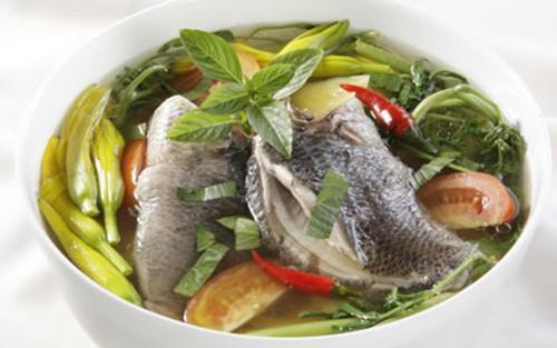 Món canh cá tuyẹt vòi cho nguoi suy nhuoc than kinh