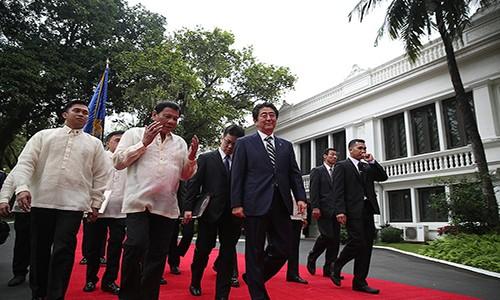 Thu tuong Nhat Ban giup Philippines trong cuoc chien chong ma tuy?