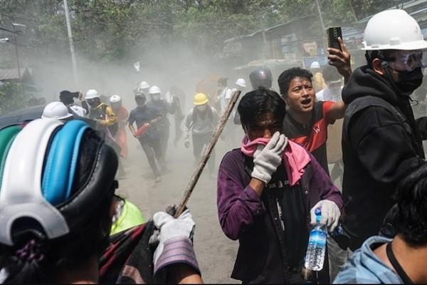 Canh sat Myanmar tiep tuc no sung, them nguoi bieu tinh chet trong dem