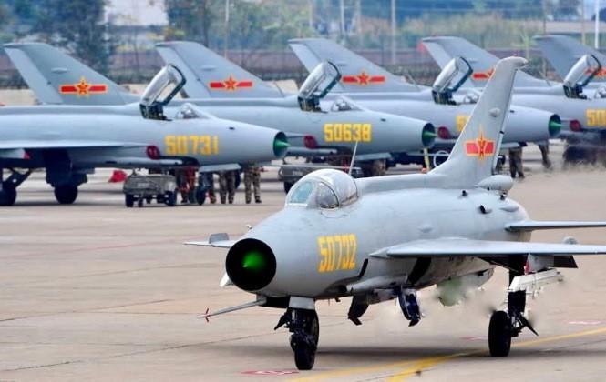Du Viet Nam da loai bien, MiG-21 van la quoc bao cua Trung Quoc-Hinh-2