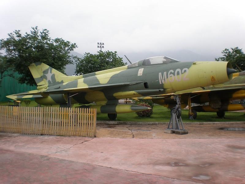 Du Viet Nam da loai bien, MiG-21 van la quoc bao cua Trung Quoc-Hinh-8