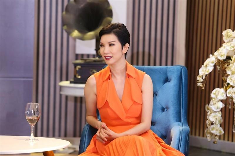 Xuan Lan: 'Toi rat ung ho quan niem tinh mot dem cua me don than'