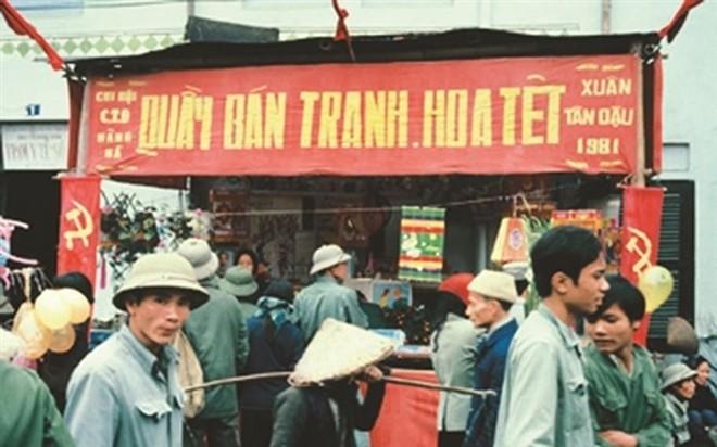 Nho Tet thoi bao cap: Chuyen doi tem phieu va xep hang dem hom-Hinh-2