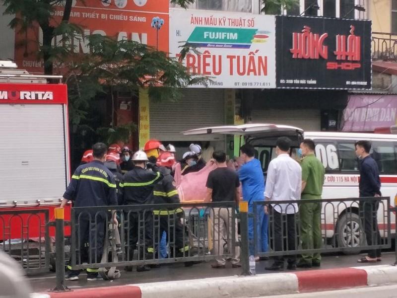 Chu tich Ha Noi chi dao dieu tra vu chay tren pho Ton Duc Thang