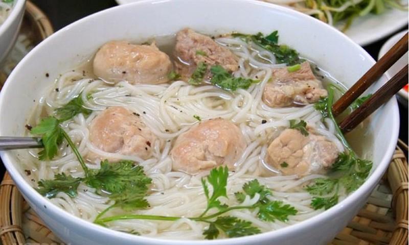 Em be Phu Tho nuot bam mong tay: Loat chuyen hoc di vat thuong tam-Hinh-5