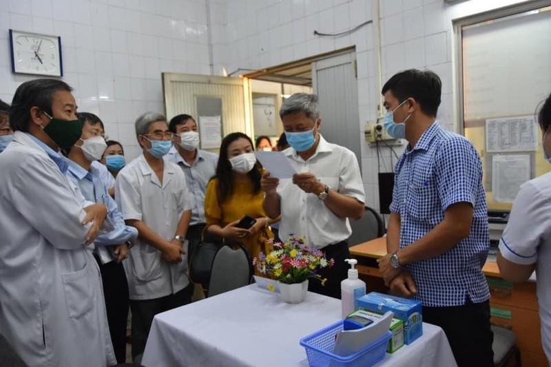Hom nay o Ha Noi, Hai Duong, TP HCM, ai duoc tiem vac-xin phong COVID-19?-Hinh-2