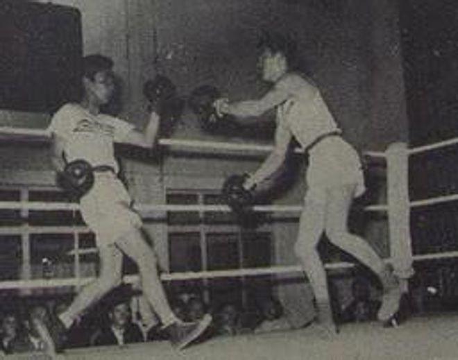 Ly Tieu Long lan dau thuong dai tranh ba voi doi thu nao?