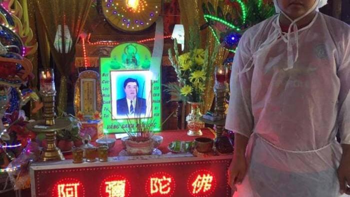 Canh khon cung gia dinh nan nhan bi trom cho ban tu vong o Long An-Hinh-2