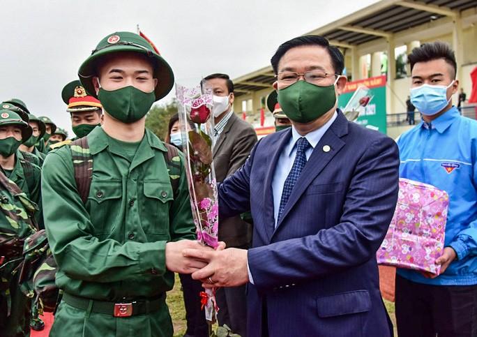 Tin nong ngay 27/2: Tri an ngay Thay thuoc Viet Nam-Hinh-5