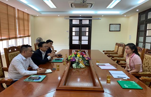Pho Giam doc So KH-DT Vinh Phuc 31 tuoi: Bo Noi vu len tieng