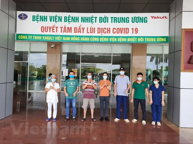 Them 5 truong hop mac COVID-19 duoc cong bo khoi benh