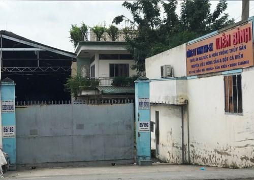 Diem nong 24h: Bat ngo lai lich ke bien thai rach dui phu nu-Hinh-5