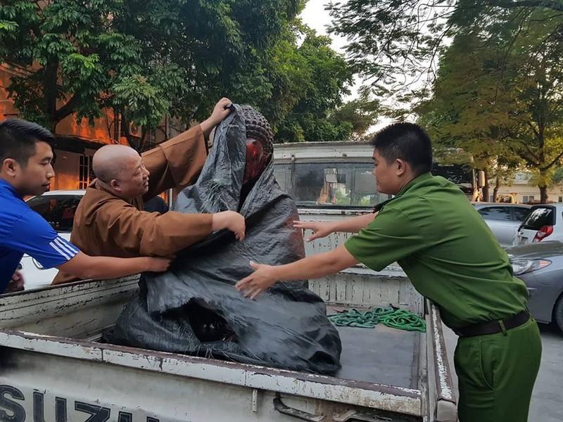 Tim duoc tuong co 700 tuoi cua chua Phap Van bi danh cap trong dem