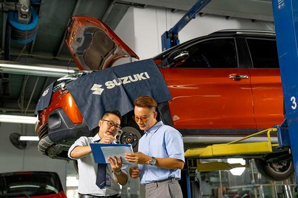 Suzuki tang thoi gian bao hanh xe du lich, uu tien may xang