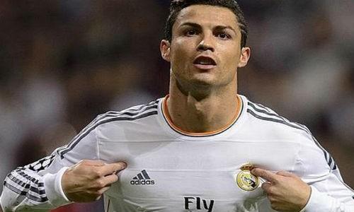 Chiem nguong cu sut than toc 133km/h cua Cristiano Ronaldo