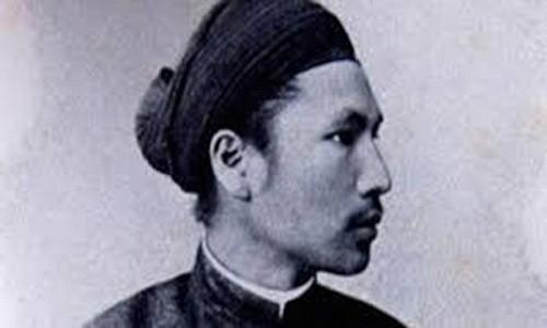 Chuyen vua Ham Nghi bi lo than phan khi giu le voi thay giao
