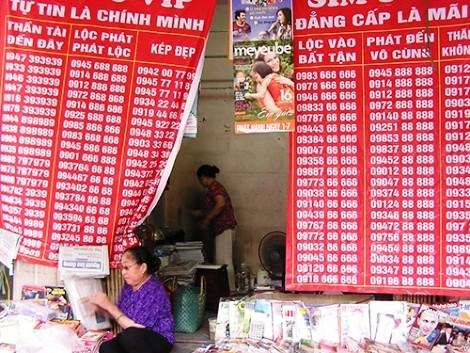 """Sim rac Duong Chi Dung goi """"ong anh"""" mat bao: lo chuyen xau nha mang"""