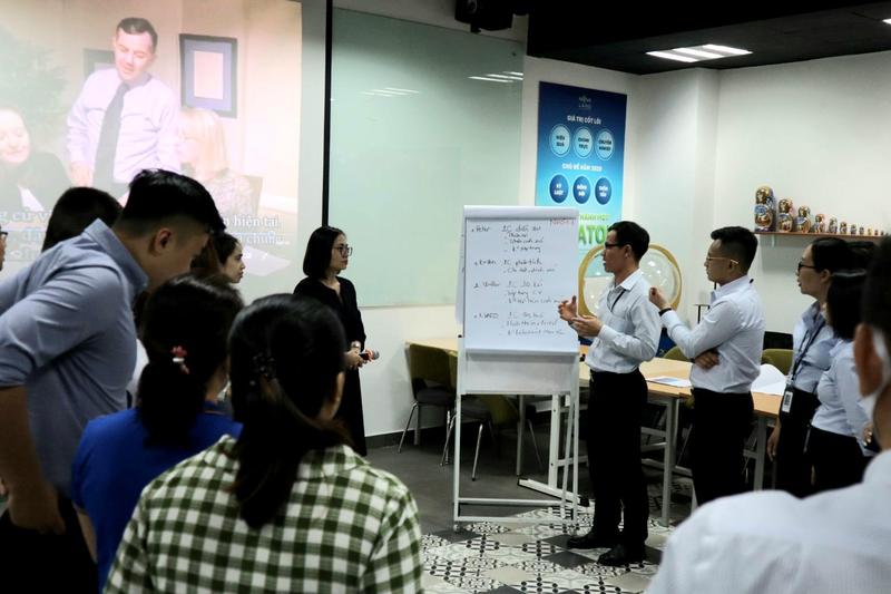 """Nova Consumer Group: Thu hut nhan tai van hanh mo hinh """"tu nong trai toi ban an"""""""