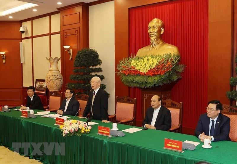 Bo Chinh tri  gap mat than mat cac nguyen lanh dao khong tai cu khoa XIII-Hinh-6