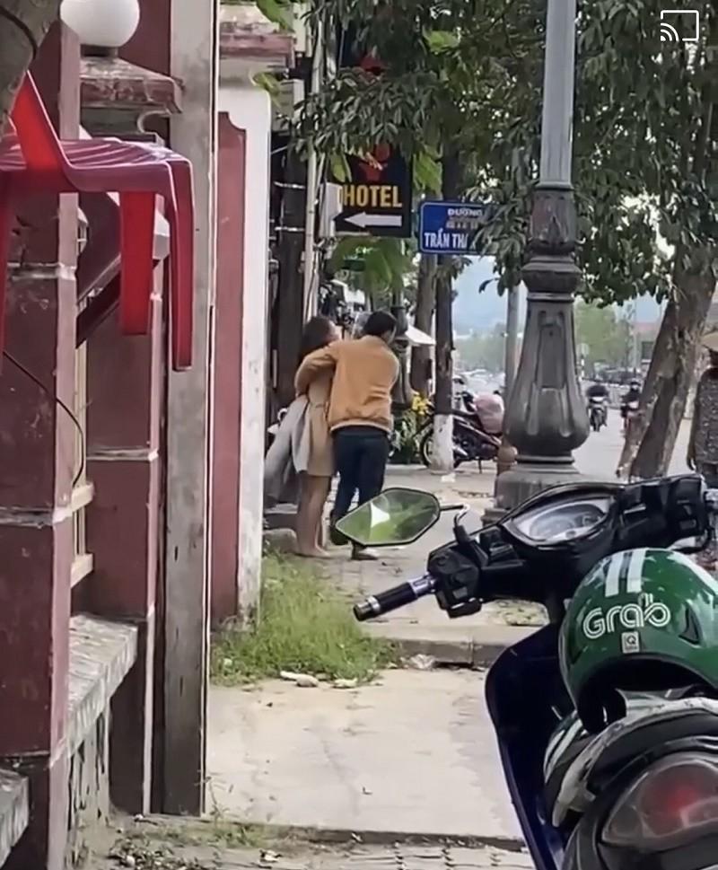 Su that vu nghi van co gai bi ban trai danh vi doi qua 8/3-Hinh-3