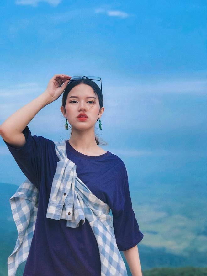Co giao Nghe An noi nhu con vi qua xinh, profile khung mien ban-Hinh-7