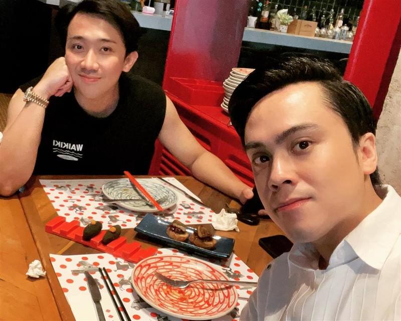 Tran Thanh de lo bi mat cua MC Thai Dung tren livestream-Hinh-6
