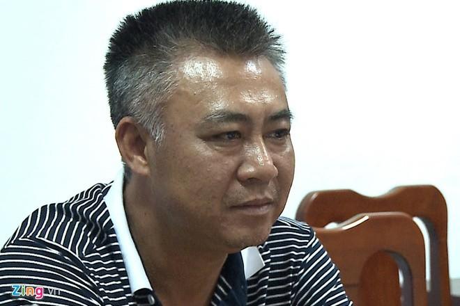Bat tong giam doc bi Bo Quoc phong truy na