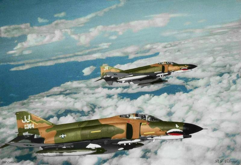 May bay F-4 My tham chien o Viet Nam vi sao khong co phao?-Hinh-15
