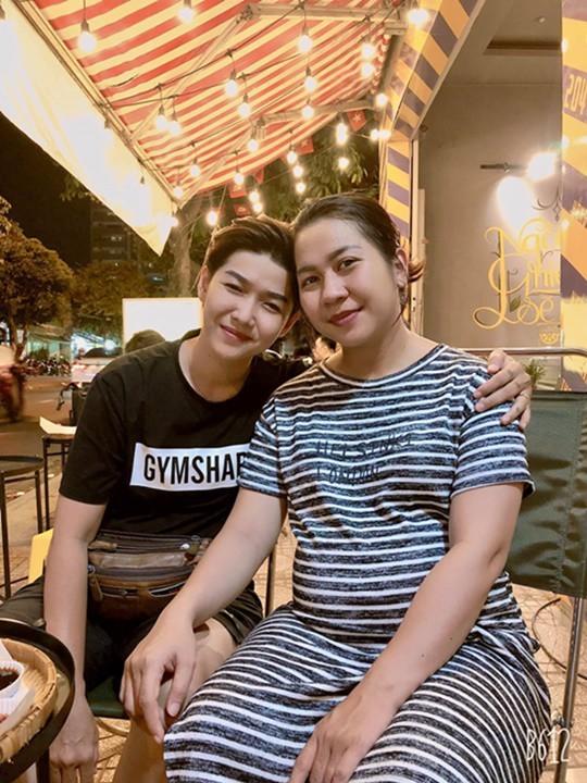 Me nang tho xam, 9X Tien Giang rong ra theo duoi 3 thang-Hinh-2