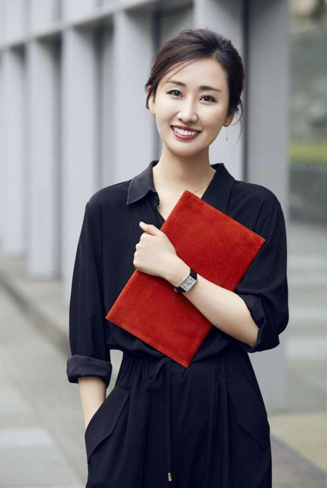 Co gai blogger noi tieng ban duoc 100 chiec xe hoi trong 5 phut-Hinh-3
