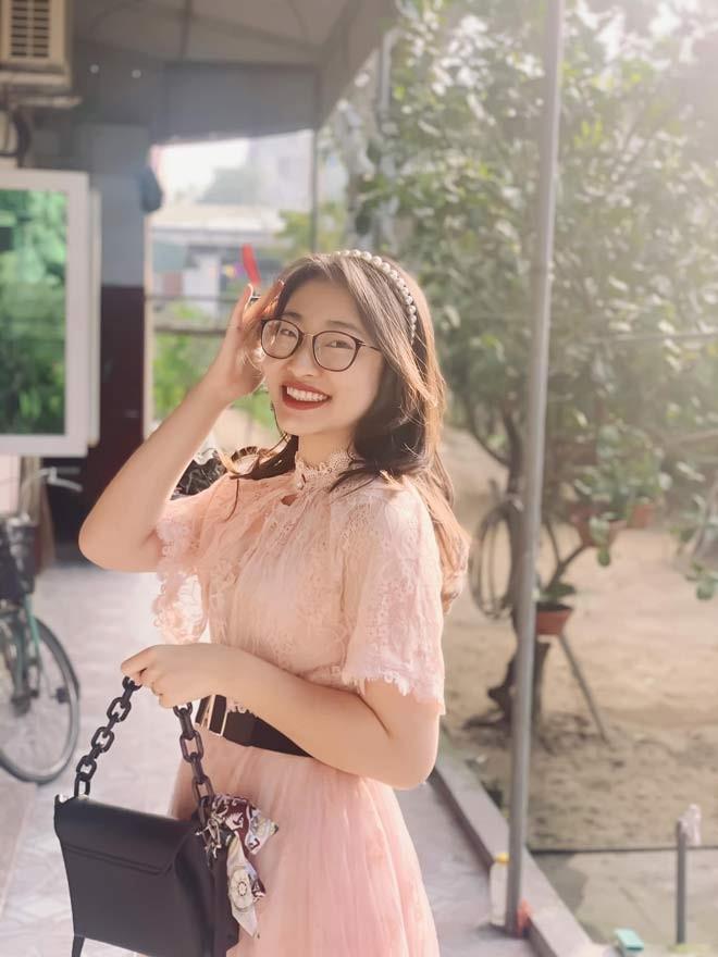 Nu sinh lot xac sau 4 nam gay bao Duong len dinh Olympia-Hinh-4