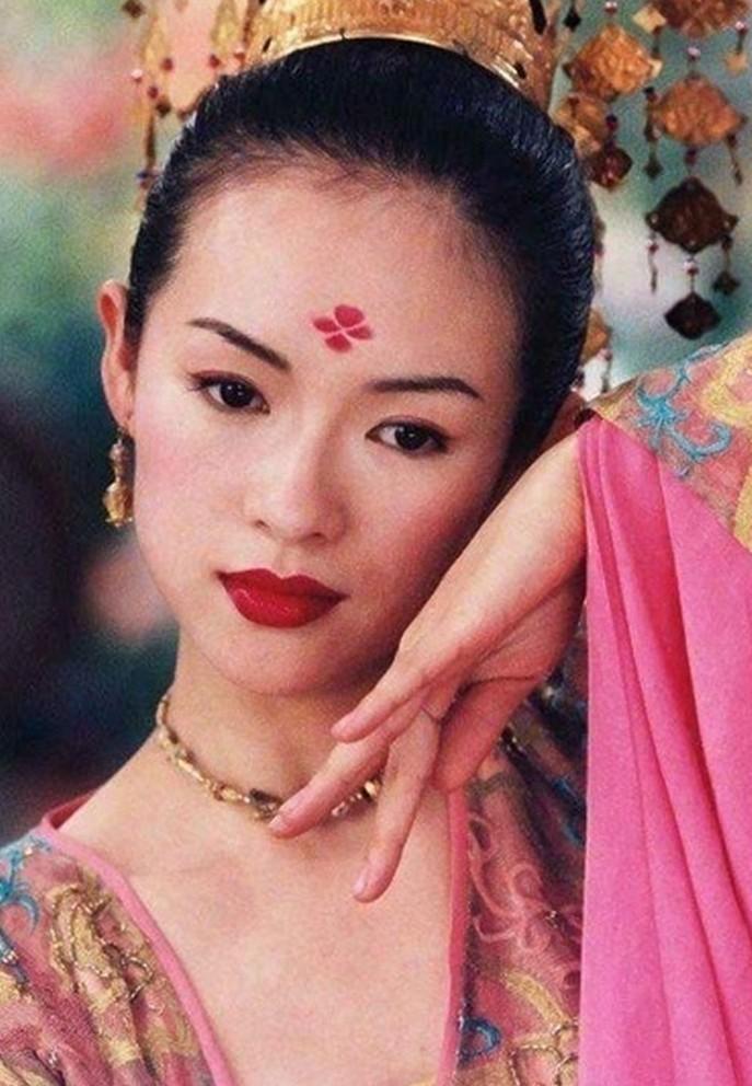 Chuong Tu Di tuoi 42: Tai san nghin ty, hon nhan vien man-Hinh-5