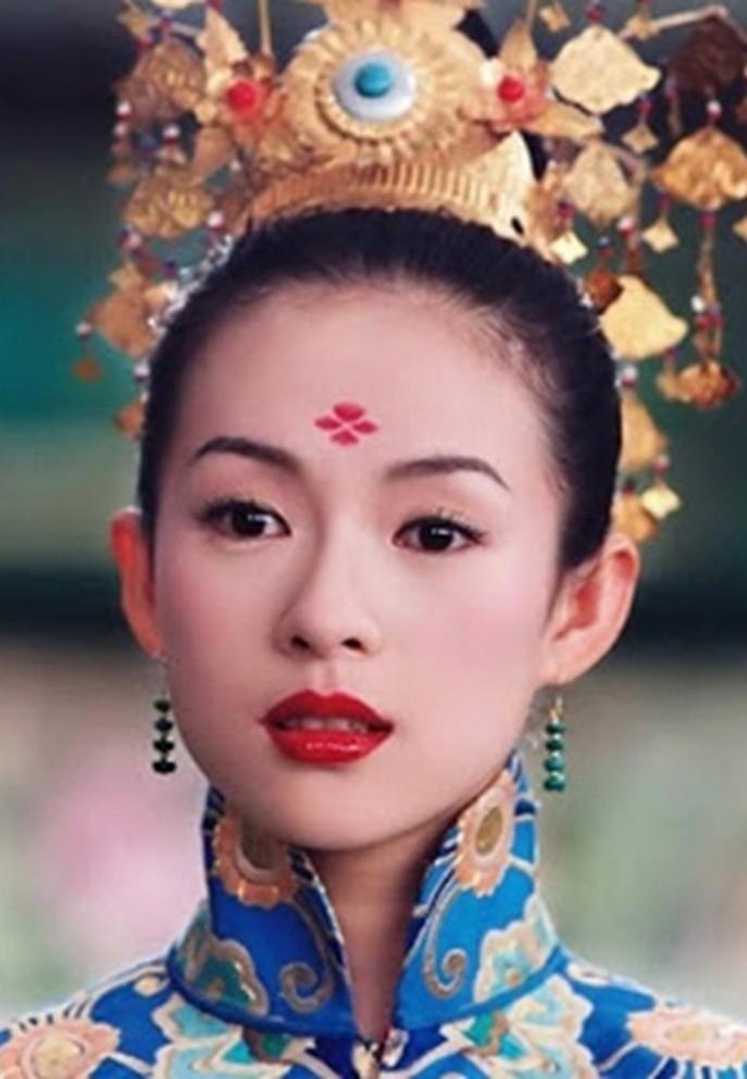 Chuong Tu Di tuoi 42: Tai san nghin ty, hon nhan vien man-Hinh-6