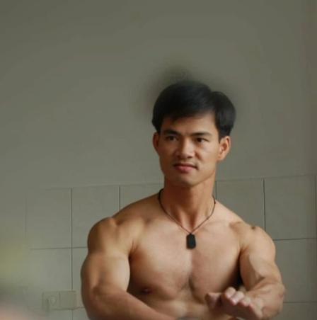 Van Dung khoe anh hiem cua dan sao Tao Quan-Hinh-2