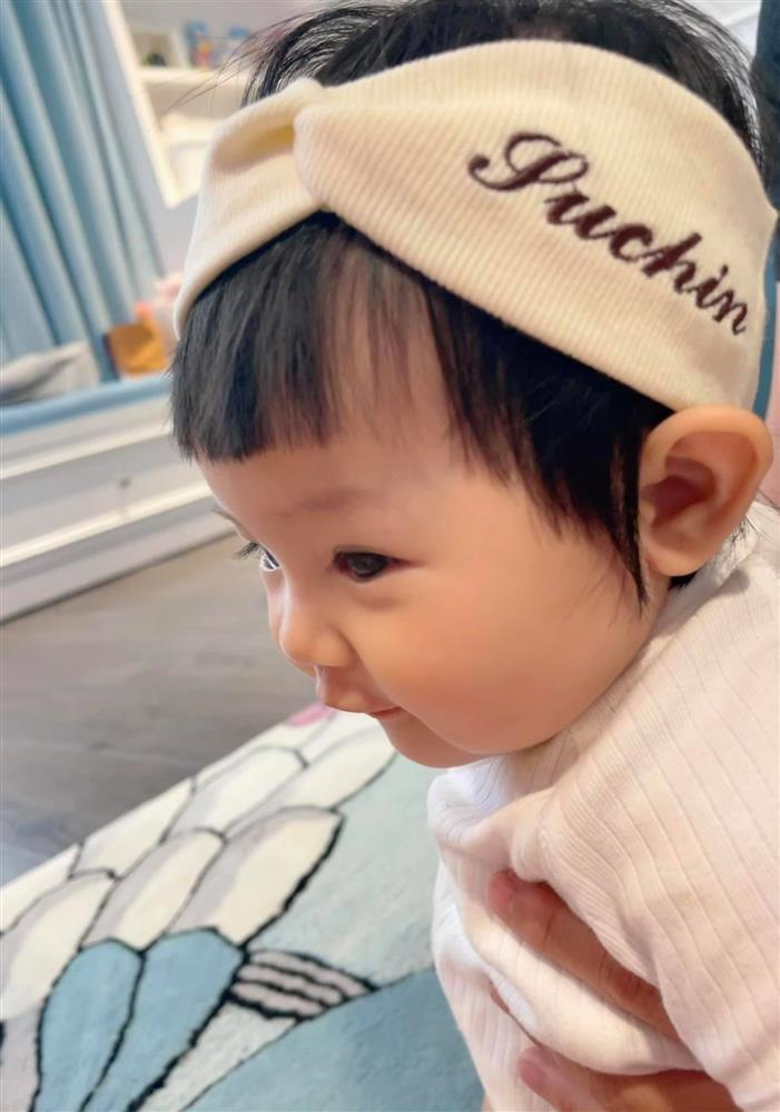 Vo chong Cuong Do La: In ten con tu bang do toi xe hop