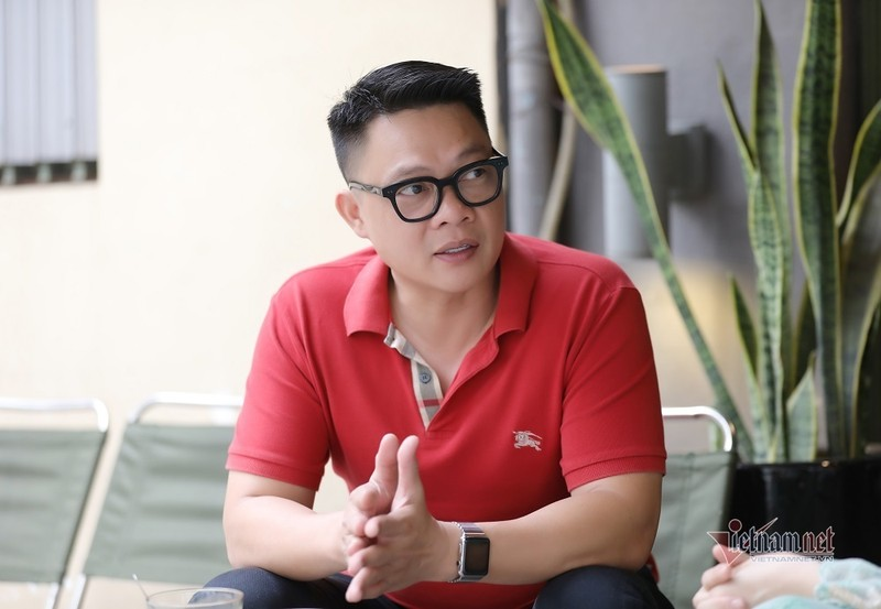 To am cua MC Tran Quang Minh ben vo dam va 4 con trai-Hinh-4