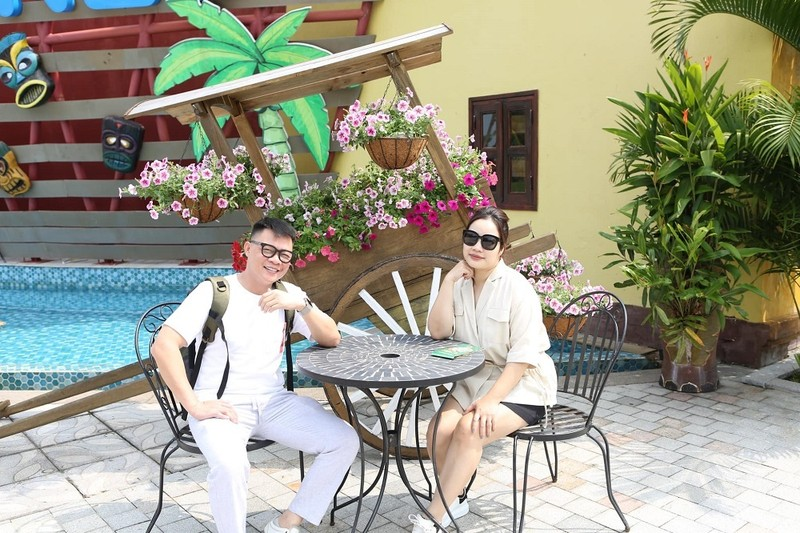 To am cua MC Tran Quang Minh ben vo dam va 4 con trai-Hinh-5