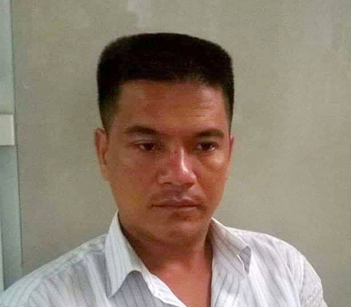 """Container tong nhieu xe may o Long An: Nguoi dan doi """"xu"""" nang tai xe-Hinh-2"""