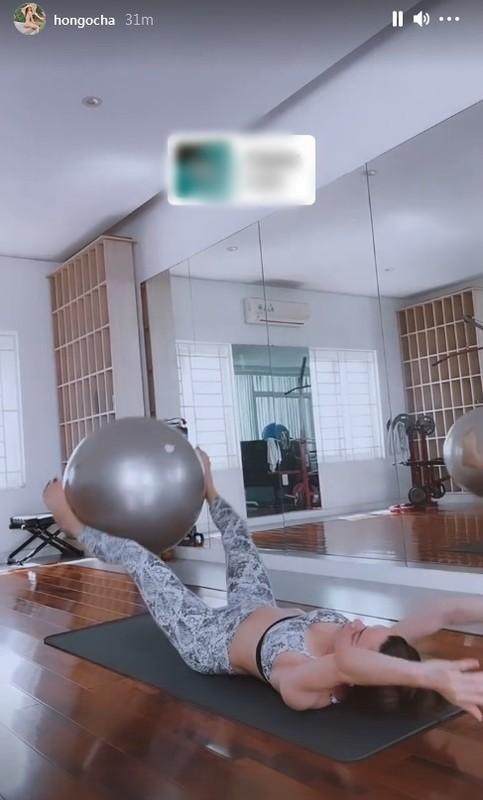 Khong can toi photoshop, Ho Ngoc Ha khoe co bung cuon cuon-Hinh-5