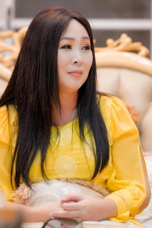 Diva Thanh Lam khoe anh tinh tu ben ban trai bac si-Hinh-10