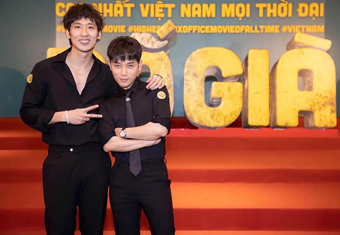 Khoanh khac hanh phuc cua Chi Trung va ban gai kem 17 tuoi-Hinh-11
