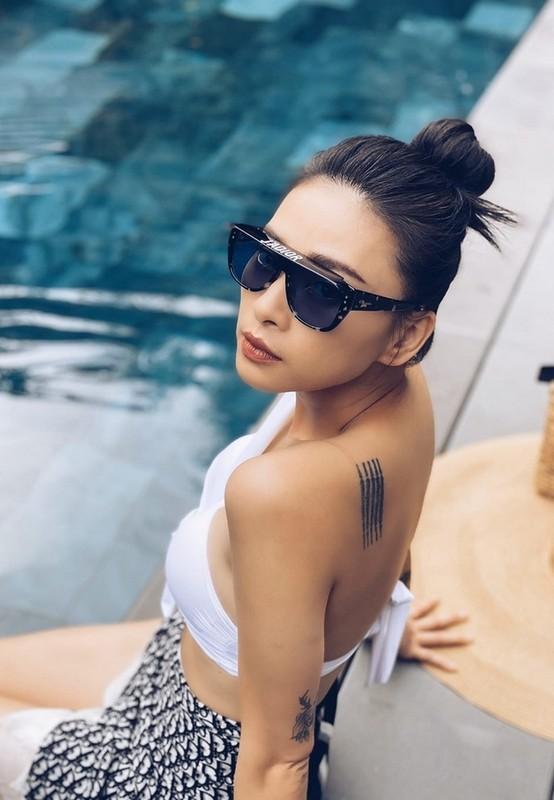 MC Quyen Linh hanh phuc ben vo va 2 con gai cao vuot troi-Hinh-14