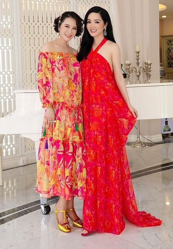 MC Quyen Linh hanh phuc ben vo va 2 con gai cao vuot troi-Hinh-9