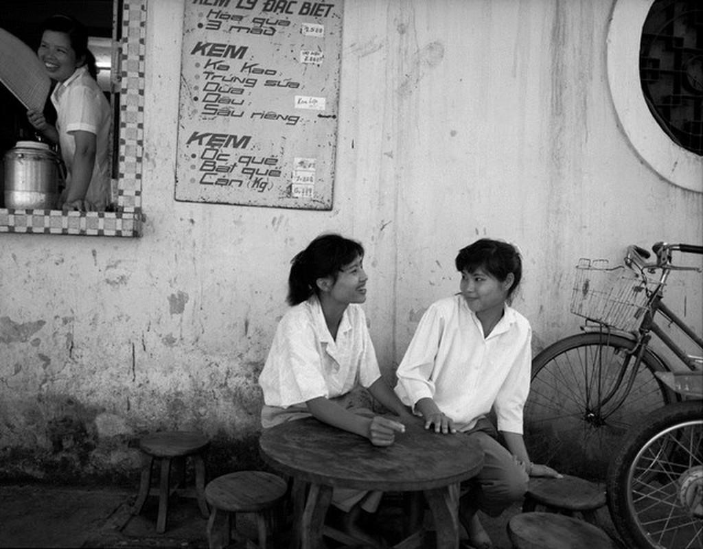 Hinh anh de doi ve phu nu Viet Nam thap nien 1990 (2)-Hinh-3