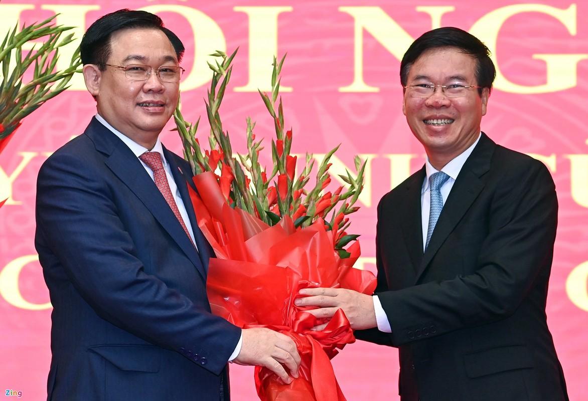 Tan Bi thu Ha Noi Dinh Tien Dung cam ket no luc, phat huy van hoi-Hinh-4