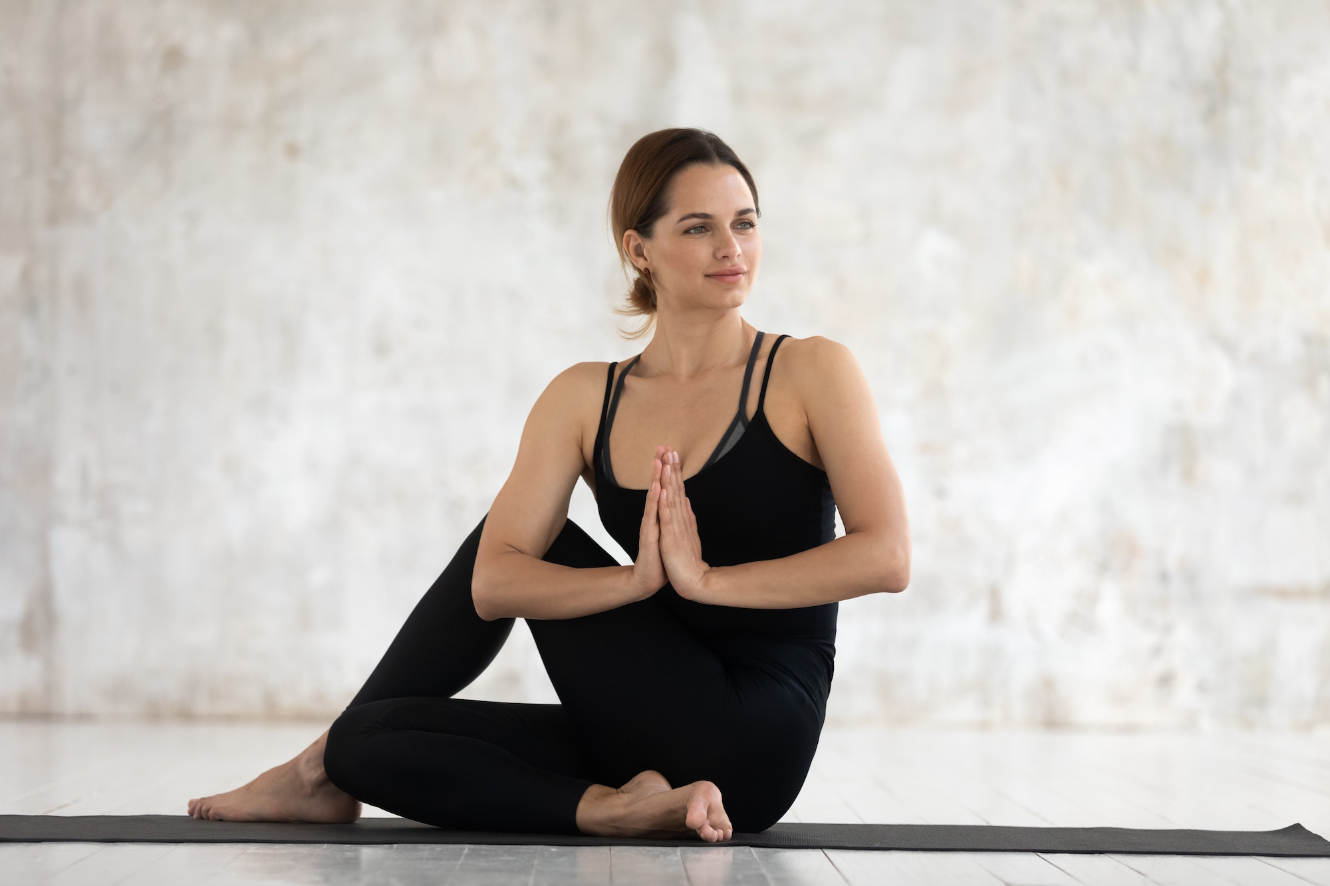 Nhung tu the yoga nen tap khi met moi-Hinh-2
