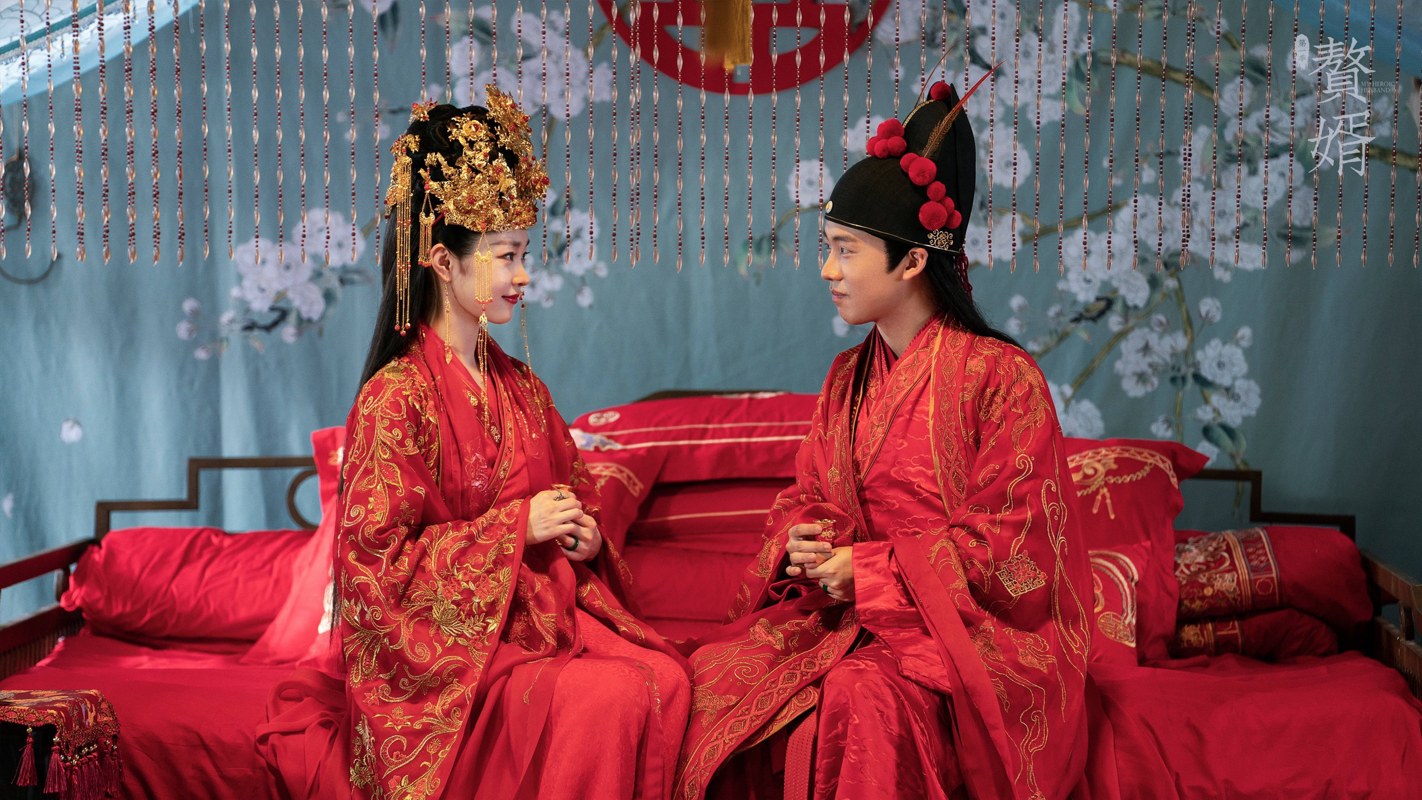 Tong Dat - my nhan co trang moi cua dien anh Hoa ngu